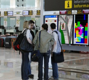 Los monitores mostraban juegos de Windows.
